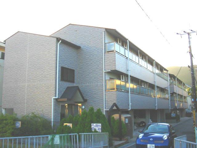 大阪府三島郡島本町、島本駅徒歩3分の築18年 3階建の賃貸マンション