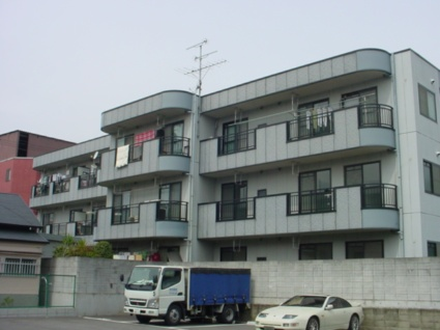 大阪府大阪市城東区、放出駅徒歩10分の築18年 3階建の賃貸マンション