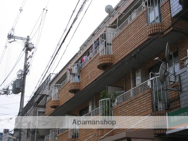 大阪府寝屋川市、香里園駅徒歩4分の築28年 4階建の賃貸マンション