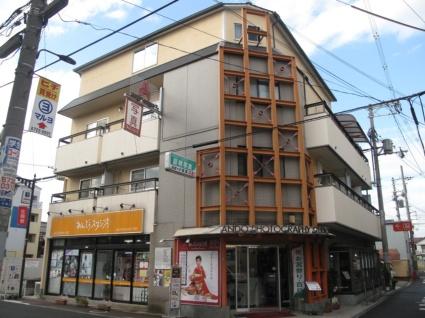 大阪府東大阪市、JR長瀬駅徒歩18分の築29年 3階建の賃貸マンション
