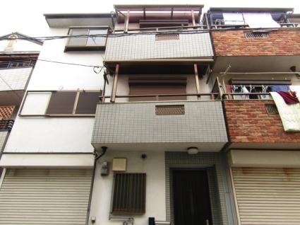 大阪府東大阪市、河内小阪駅徒歩11分の築20年 3階建の賃貸一戸建て