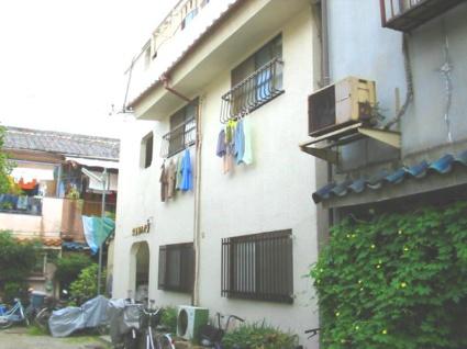 大阪府八尾市、久宝寺駅徒歩13分の築41年 3階建の賃貸マンション