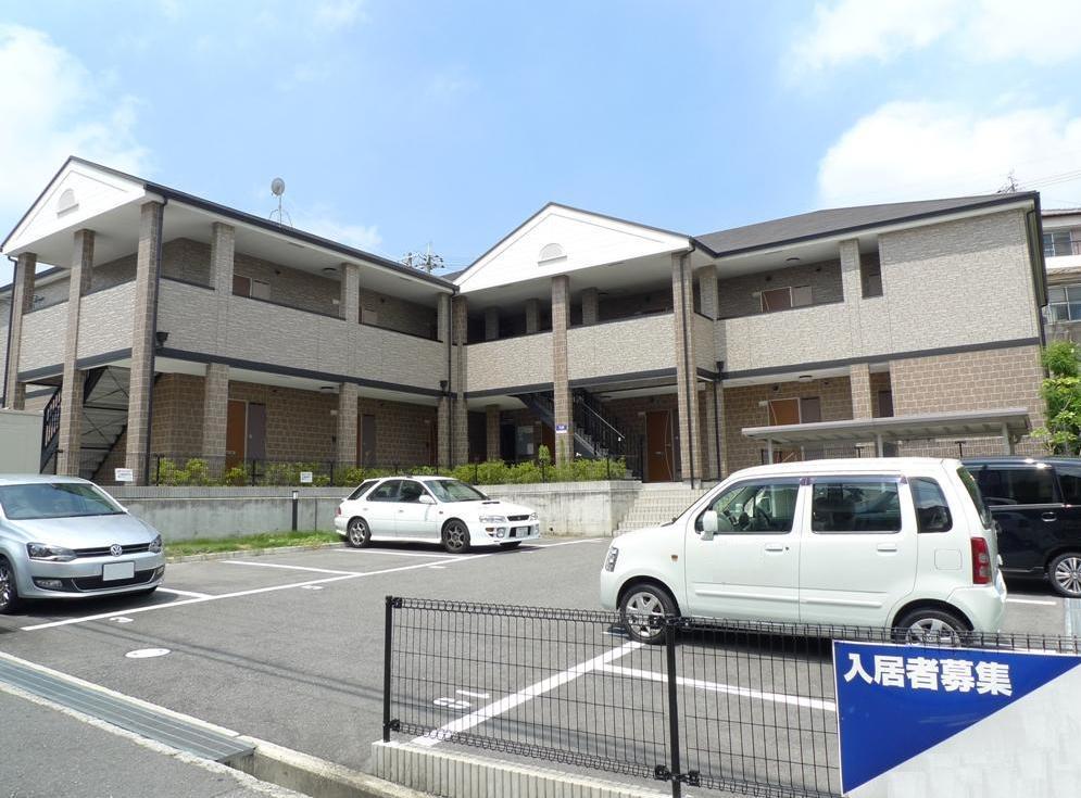 大阪府堺市南区、泉ヶ丘駅徒歩17分の築9年 2階建の賃貸アパート