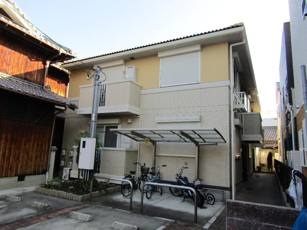 大阪府東大阪市、長瀬駅徒歩19分の築8年 2階建の賃貸アパート