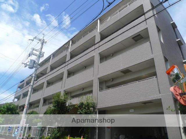 大阪府東大阪市、河内小阪駅徒歩16分の築18年 5階建の賃貸マンション