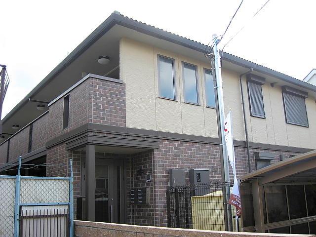 大阪府東大阪市、JR長瀬駅徒歩11分の築8年 2階建の賃貸アパート