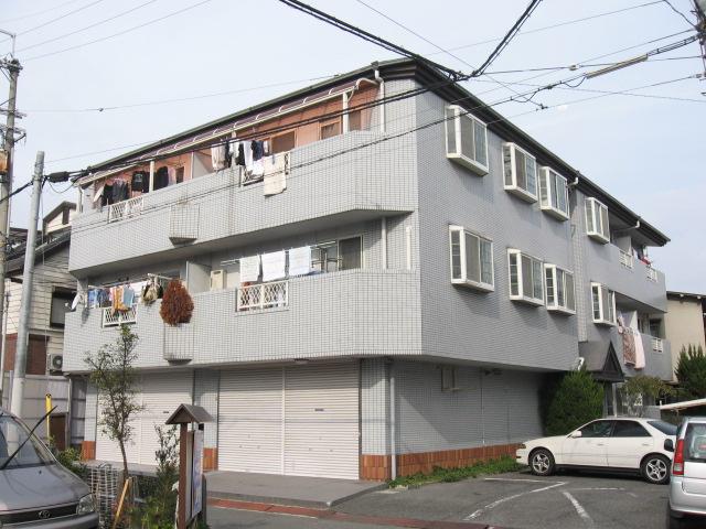 大阪府東大阪市、長瀬駅徒歩24分の築26年 3階建の賃貸マンション