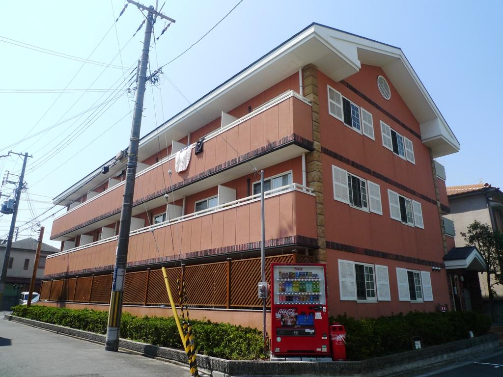 大阪府東大阪市、河内小阪駅徒歩16分の築13年 3階建の賃貸マンション