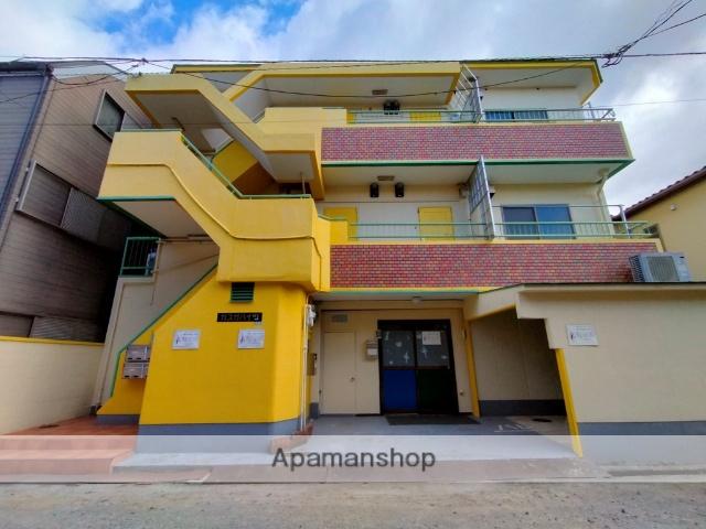 大阪府八尾市、八尾駅徒歩8分の築32年 3階建の賃貸マンション