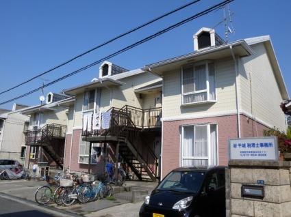 大阪府羽曳野市、河内松原駅徒歩20分の築28年 2階建の賃貸アパート
