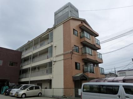大阪府八尾市、長原駅徒歩30分の築30年 4階建の賃貸マンション