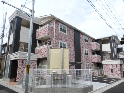 大阪府八尾市、柏原駅徒歩27分の築2年 3階建の賃貸アパート