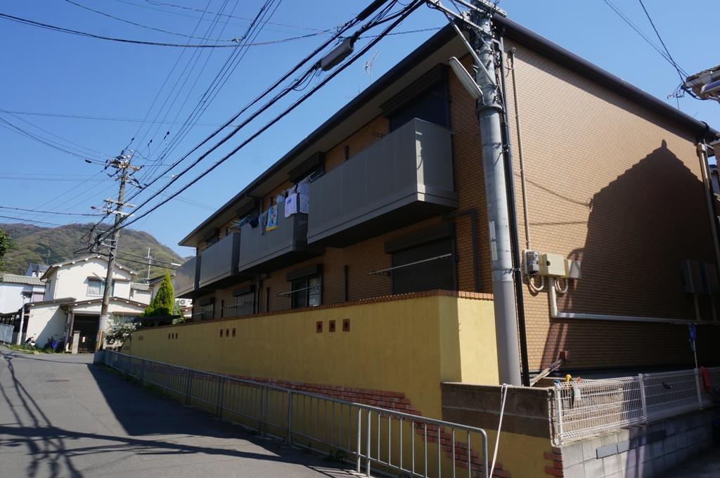 大阪府東大阪市、東花園駅徒歩23分の築8年 2階建の賃貸アパート
