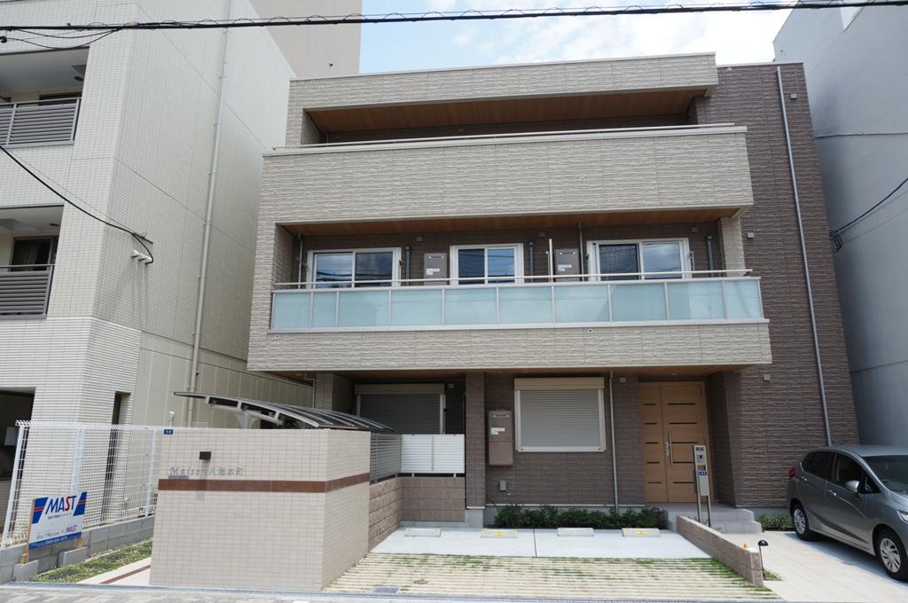大阪府八尾市、八尾駅徒歩17分の築2年 3階建の賃貸アパート