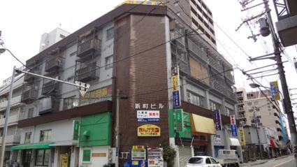 大阪府東大阪市、布施駅徒歩6分の築28年 4階建の賃貸マンション