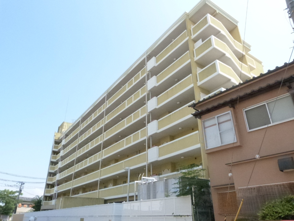 大阪府東大阪市、鴻池新田駅徒歩17分の築15年 7階建の賃貸マンション