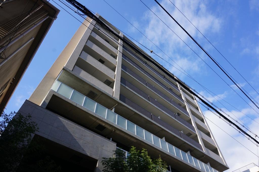大阪府大阪市北区、大阪駅徒歩5分の築4年 10階建の賃貸マンション
