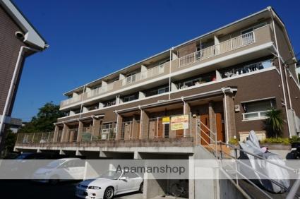 大阪府東大阪市、瓢箪山駅徒歩14分の築7年 3階建の賃貸アパート