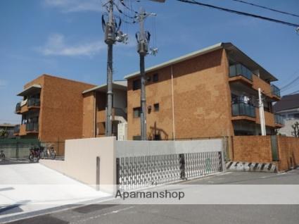 大阪府東大阪市、河内小阪駅徒歩20分の築31年 3階建の賃貸マンション