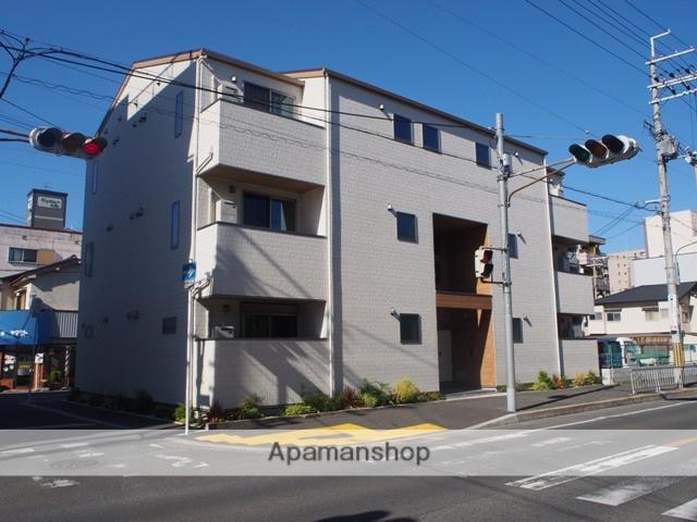 大阪府東大阪市、河内永和駅徒歩15分の築1年 3階建の賃貸アパート