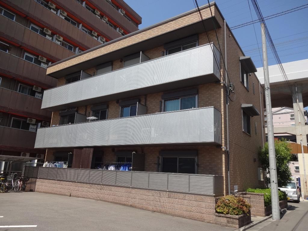大阪府東大阪市、JR河内永和駅徒歩6分の築10年 3階建の賃貸マンション
