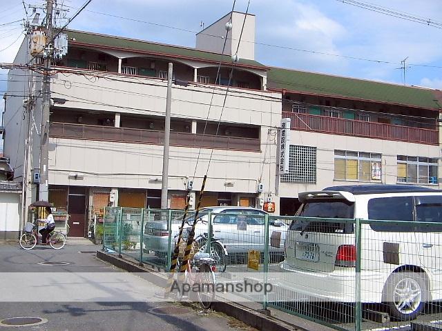 大阪府東大阪市、新加美駅徒歩24分の築33年 3階建の賃貸マンション