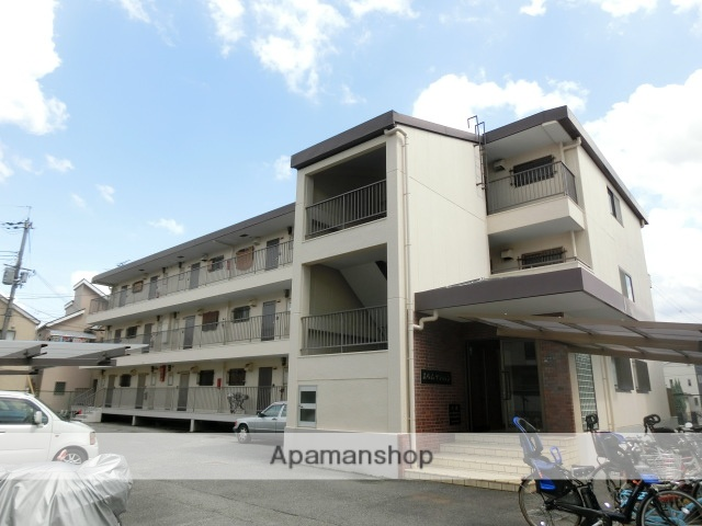大阪府茨木市、千里丘駅徒歩12分の築30年 3階建の賃貸マンション