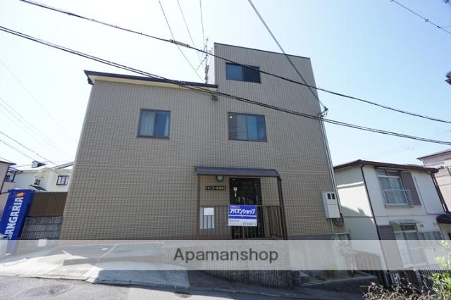 大阪府吹田市、千里丘駅徒歩14分の築21年 3階建の賃貸マンション