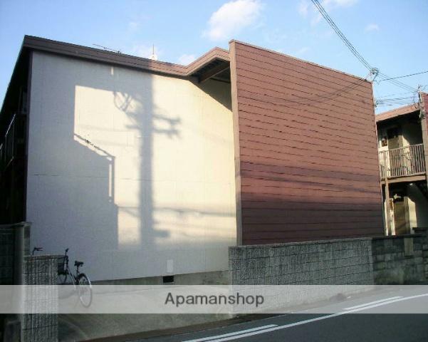 大阪府茨木市、茨木市駅徒歩10分の築43年 2階建の賃貸アパート