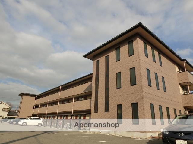 大阪府高槻市、摂津富田駅徒歩14分の築15年 3階建の賃貸マンション