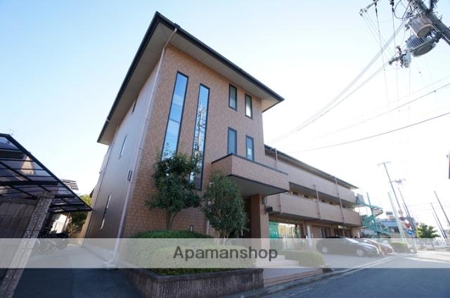 大阪府高槻市、高槻駅徒歩30分の築17年 3階建の賃貸マンション