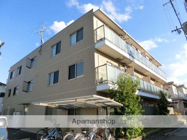 大阪府高槻市、高槻駅徒歩12分の築7年 3階建の賃貸マンション