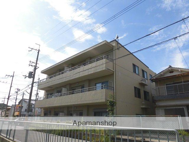 大阪府高槻市、高槻駅徒歩18分の築6年 3階建の賃貸マンション