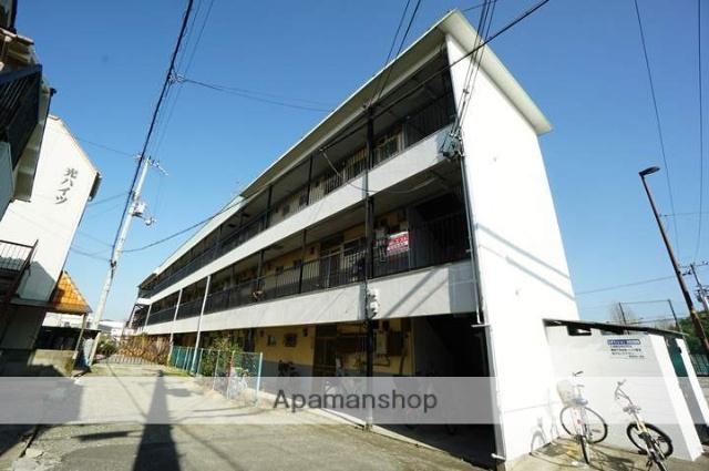 大阪府茨木市、南茨木駅徒歩9分の築32年 3階建の賃貸マンション