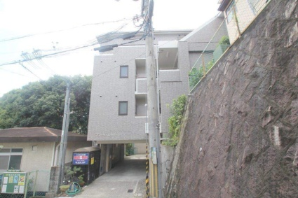 大阪府豊中市待兼山町[1DK/33.37m2]の外観2