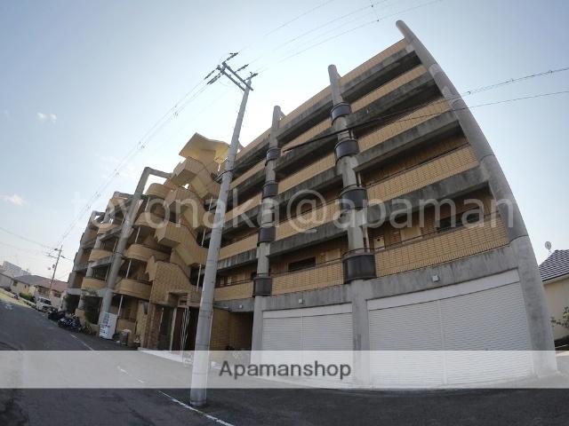 大阪府豊中市、豊中駅徒歩10分の築26年 5階建の賃貸マンション