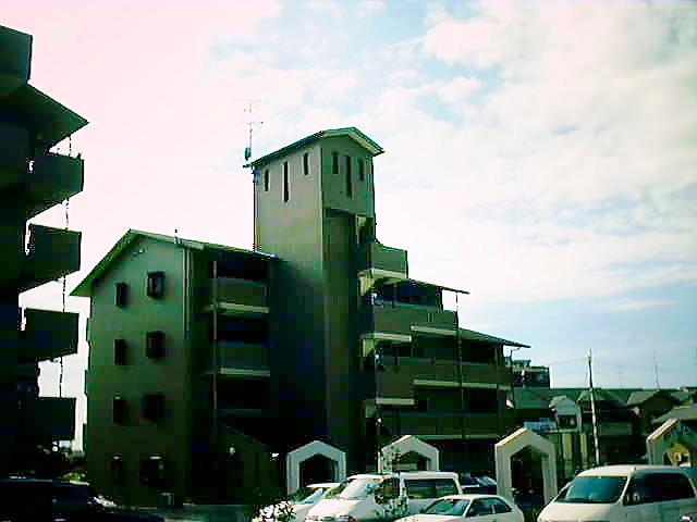 大阪府枚方市、藤阪駅徒歩23分の築15年 5階建の賃貸マンション