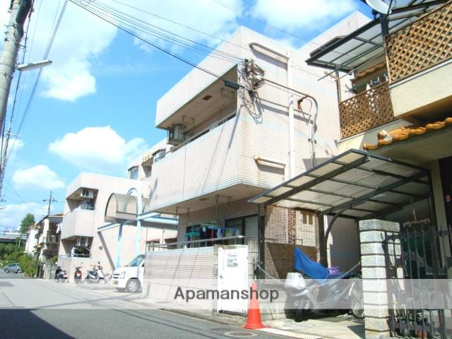 大阪府枚方市、枚方市駅徒歩21分の築27年 3階建の賃貸マンション