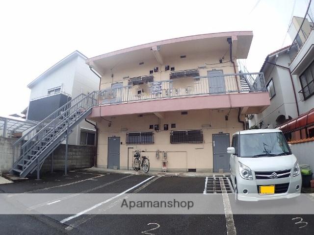 大阪府大東市、四条畷駅徒歩18分の築39年 4階建の賃貸アパート