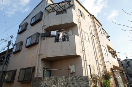 大阪府門真市、大和田駅徒歩25分の築19年 3階建の賃貸マンション