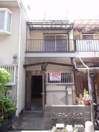大阪府大東市、四条畷駅徒歩22分の築41年 2階建の賃貸テラスハウス