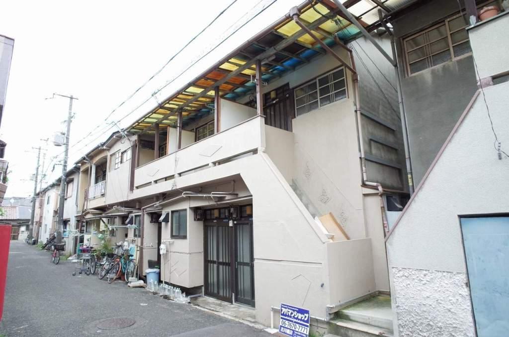 大阪府門真市、大和田駅徒歩17分の築45年 2階建の賃貸テラスハウス
