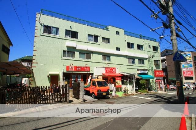 大阪府吹田市、千里山駅徒歩12分の築38年 3階建の賃貸マンション