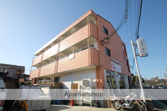 大阪府吹田市、関大前駅徒歩9分の築5年 3階建の賃貸アパート