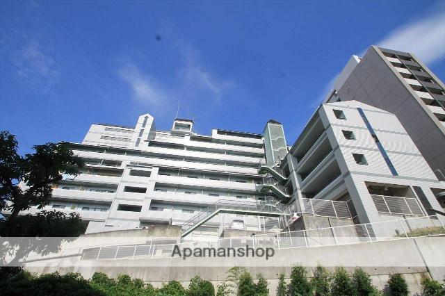大阪府吹田市、千里山駅徒歩20分の築26年 10階建の賃貸マンション