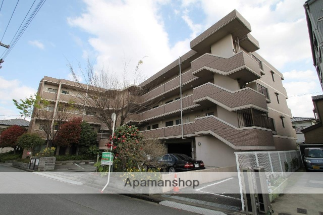 大阪府吹田市、東淀川駅徒歩17分の築19年 4階建の賃貸マンション