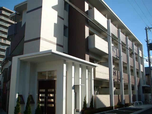 大阪府大阪市東淀川区、上新庄駅徒歩16分の築7年 4階建の賃貸マンション