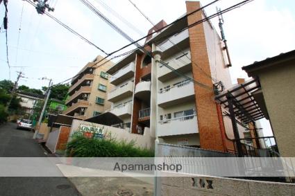 大阪府吹田市、千里山駅徒歩13分の築47年 4階建の賃貸マンション