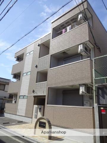 大阪府大阪市西成区、天下茶屋駅徒歩9分の築2年 3階建の賃貸アパート