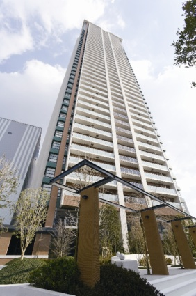 大阪府大阪市福島区、福島駅徒歩10分の築5年 45階建の賃貸マンション